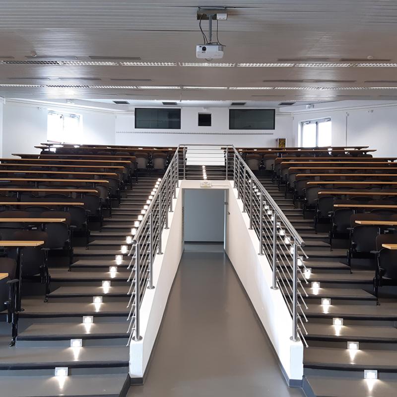ristrutturazione aula magna università Trieste
